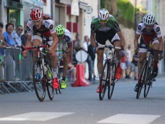 Arrivée au sprint Prix 2017 du Comité des Fêtes d'Evaux-les-Bains
