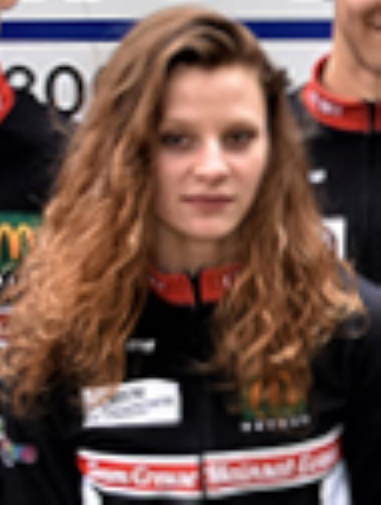 Amélie LAQUEBE